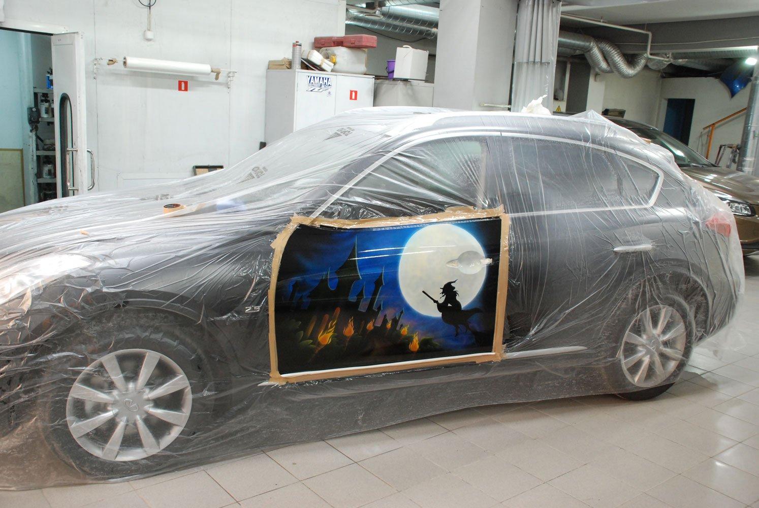 готовый рисунок ведьмы на машине