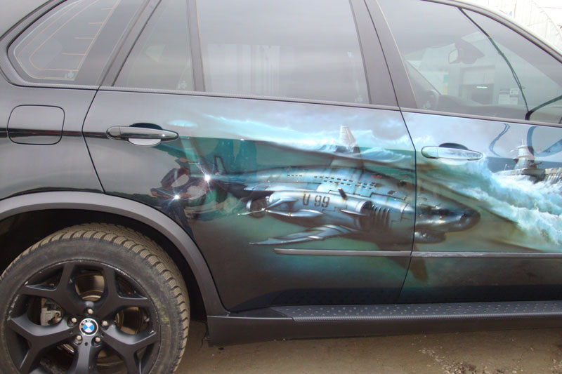 царапина на кузове авто