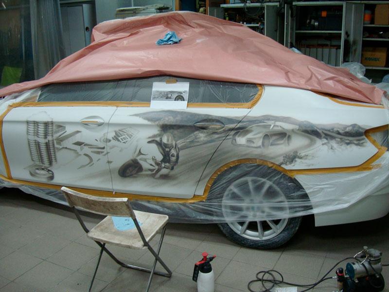 рисунок на кузове бмв