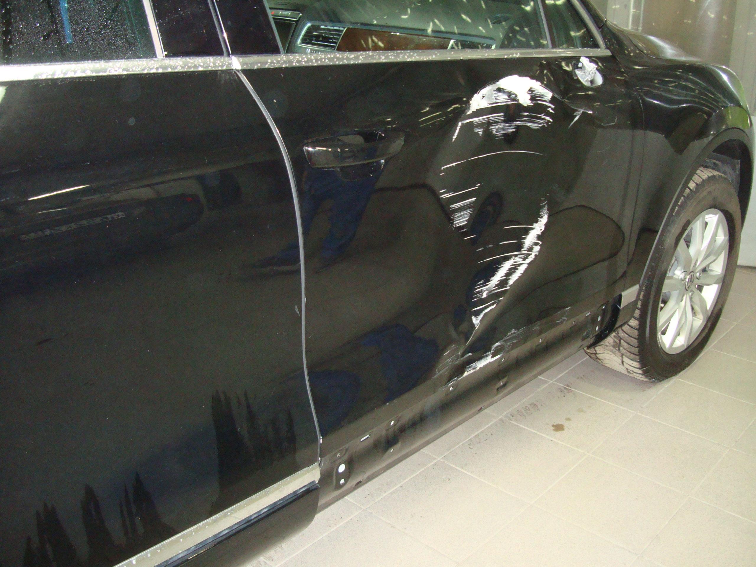 Ремонт и покраска двери Фольксваген (Volkswagen) Touareg