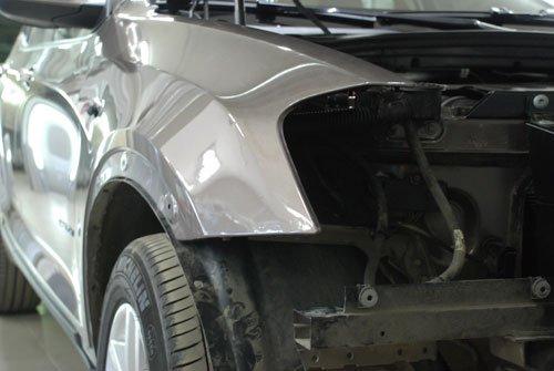 Ремонт крыла БМВ (BMW)