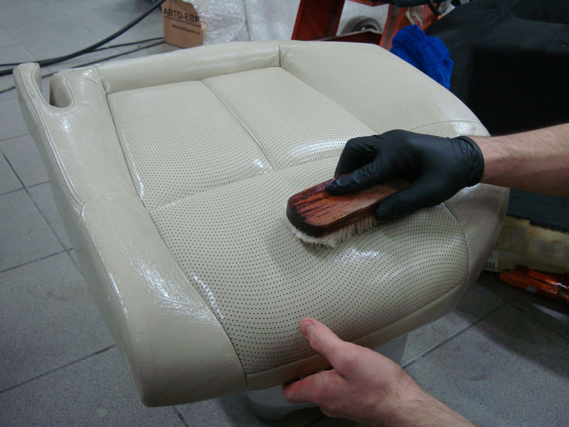 химчистка сидений автомобиля