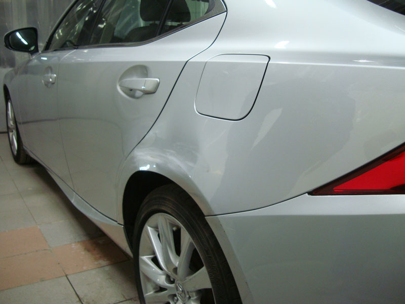 Ремонт и локальная покраска заднего крыла Лексус (Lexus) фото 1
