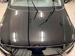 капот автомобиля хендай после полировки