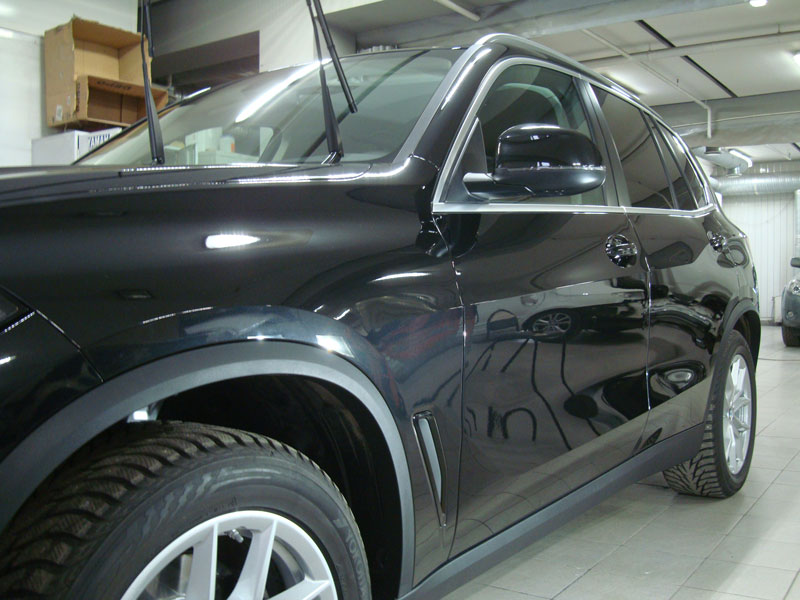 Бронирование кузова БМВ (BMW) X5 защитной пленкой
