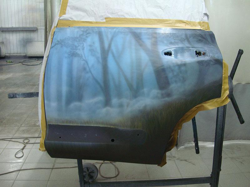 Ремонт двери и восстановление аэрографии на автомобиле Ленд Крузер Прадо (Land Cruiser Prado)