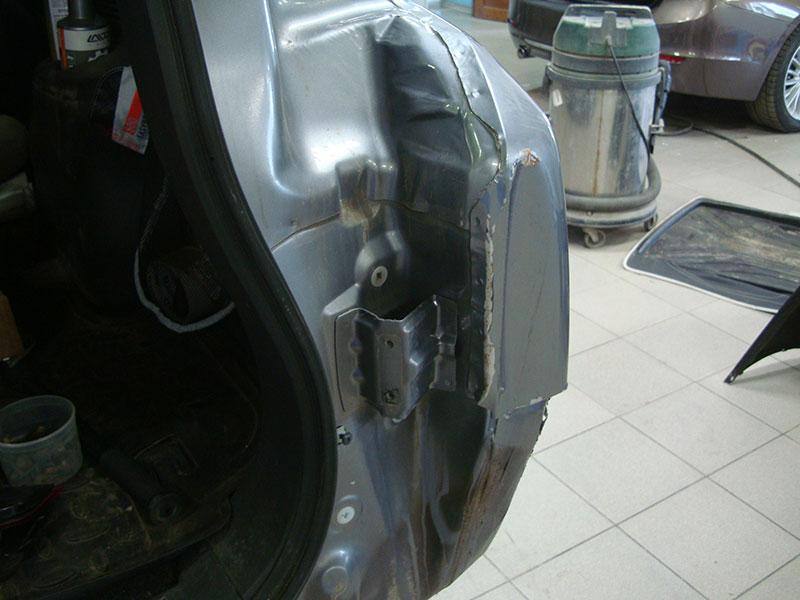 Ремонт заднего крыла и бампера автомобиля Митсубиси Паджеро (Mitsubishi Pajero)