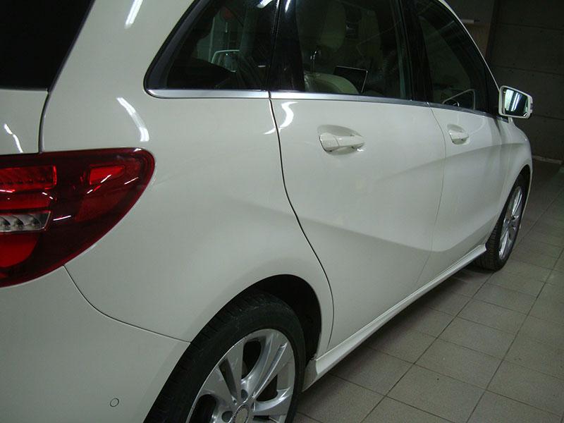 Ремонт задней двери и крыла Мерседес Б180 (Mercedes-Benz B180)