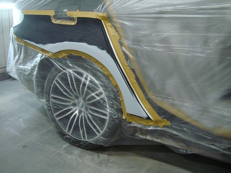 Ремонт бампера и крыла автомобиля БМВ (BMW) 530 с покраской
