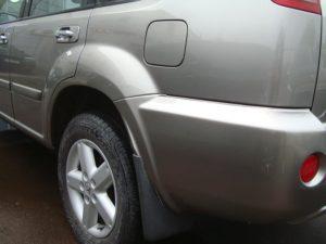 Ремонт Ниссан Икс Трайл (Nissan X-Trail): удаление ржавчины на пороге, устранение вмятин на бампере и багажнике