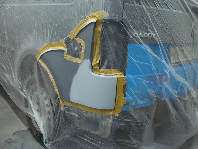 Ремонт автомобиля Фольксваген Кадди (Volkswagen Caddy): удаление вмятины на крыле